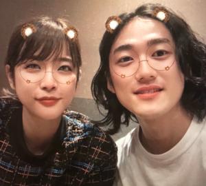 久代萌美アナウンサーと結婚相手のツーショット
